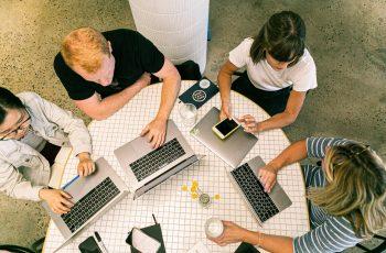 Por que investir em assessoria de imprensa B2B desde o 1º ano de sua startup?